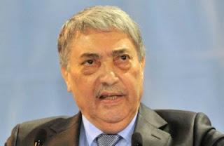 Ali Benflis s'attaque à Ouyahia sans le citer