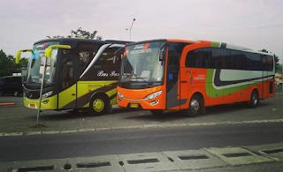 Bus Pariwisata di Solo