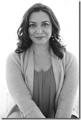 EVA LEIGH bw author photo