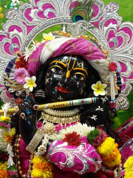ISKCON Nigdi Deity Darshan 19 Dec 2015 (21)