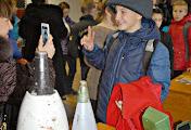 Николаевским школьникам показали гранаты, бронежилеты и костюм сапера