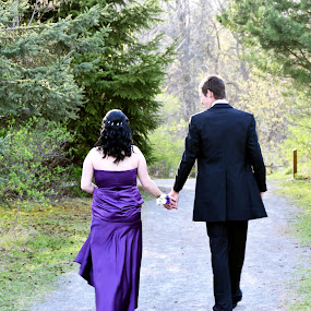 Prom 2 by Andy Bigelow - People Couples