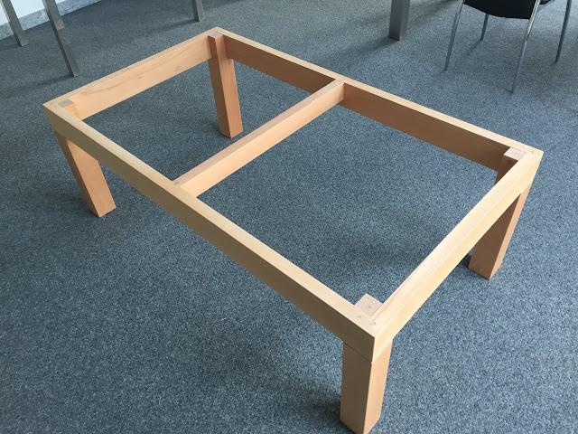 Wohnzimmertisch echtholz buche ge lt mit massiver platte for Wohnzimmertisch echtholz