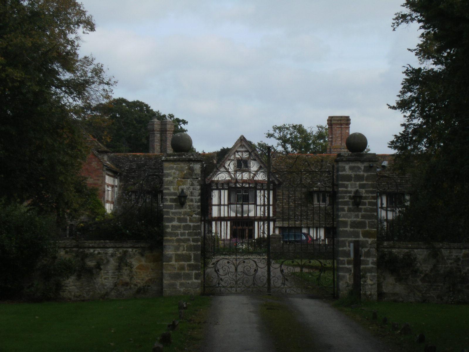 DSCF9668 Broadhurst Manor