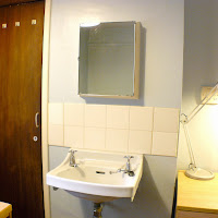 Room 04-sink
