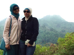 bass-ahmed-at-dieng-plateau-center-of-java-indonesia-2013-05-09-12-046