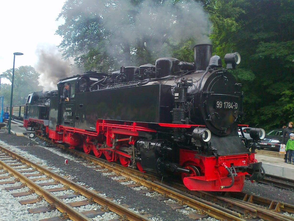 Dampflok Kleinbahn Der Rasende Roland im Bahnhof Göhren auf der Ostsee-Insel Rügen