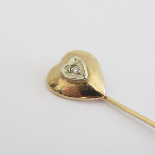 14k Gold & Diamond Pin