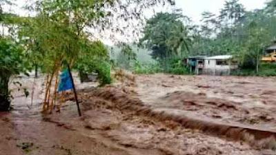 Dua Sungai di Purbalingga Banjir Bandang, Objek Wisata Curug Karang Rusak