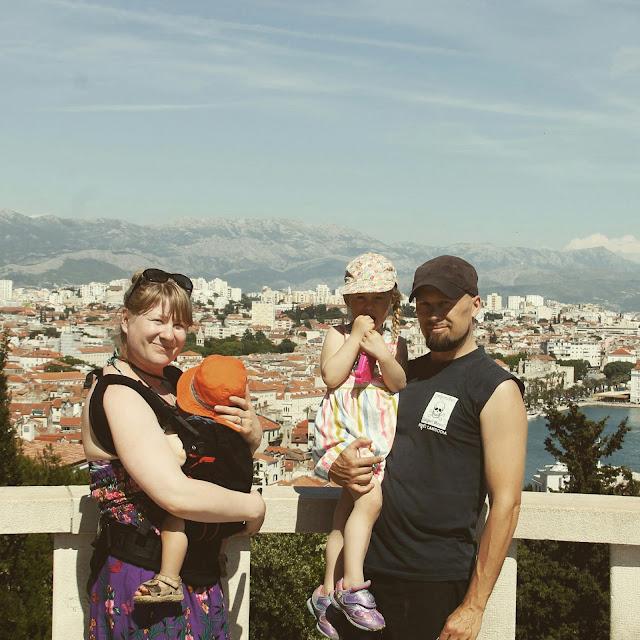 Marjan Hill koko perheellä, Split Kroatia