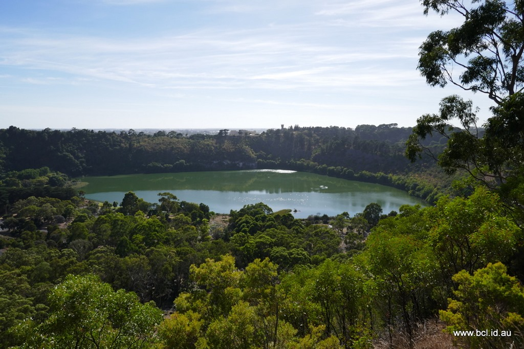 [190304-043-Valley-Lake-Mt-Gambier3]