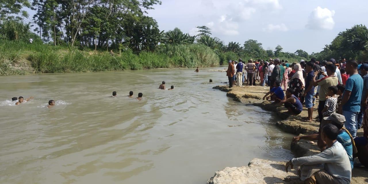 Niat Menolong Orang Jatuh, Toni Malah Tenggelam di Sungai Ular