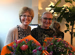 Hoera Lia en Anneke behalen het diploma aan de fotovakschool.JPG