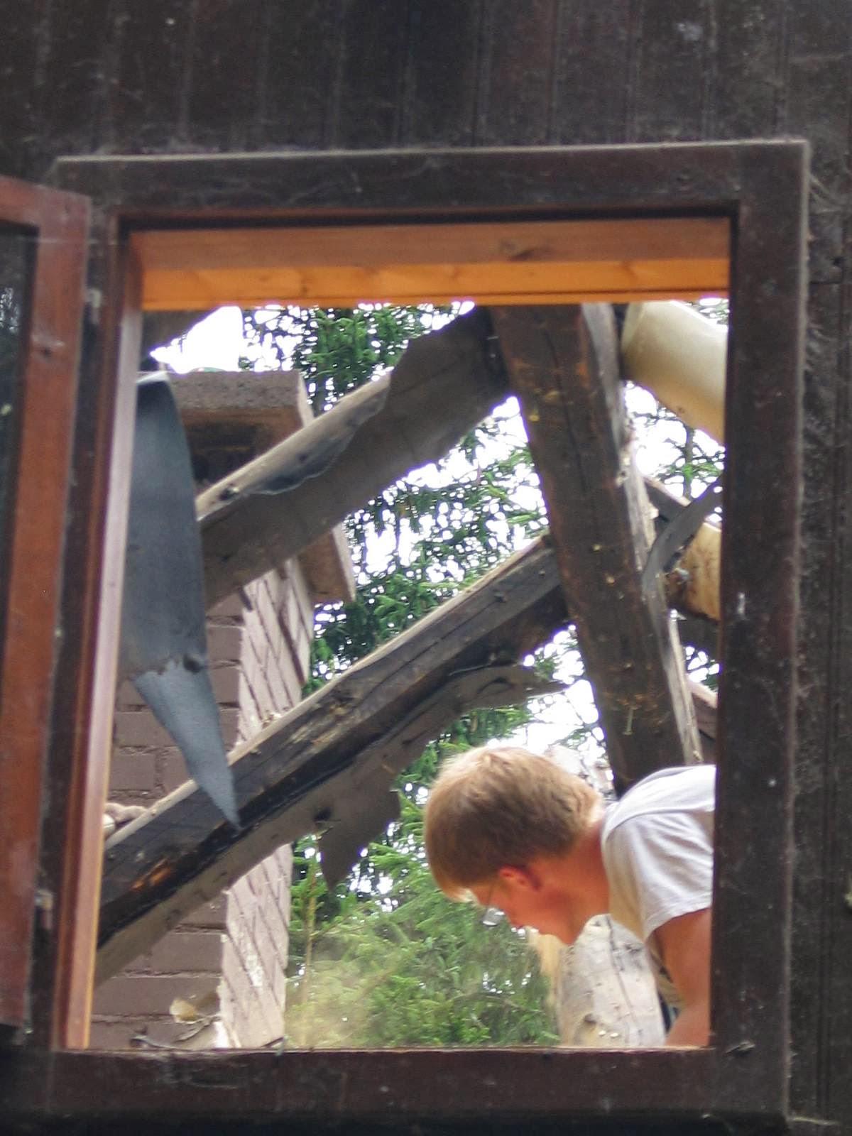 Delovna akcija - Streha, Črni dol 2006 - streha%2B119.jpg