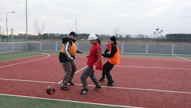Priateľský futbalový zápas žien z JUHu a z Lábu - P1070337.JPG