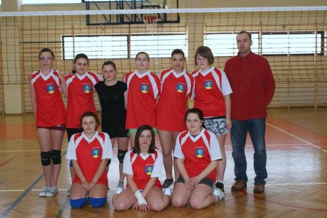 Zawody siatkarskie dziewczat 1 marca 2011 - DSC09362_1.JPG