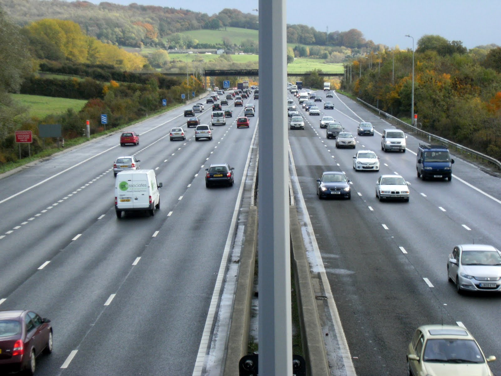 1010300028 Crossing the M25
