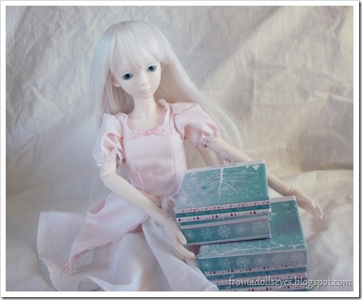 Ball Jointed Doll With Presents