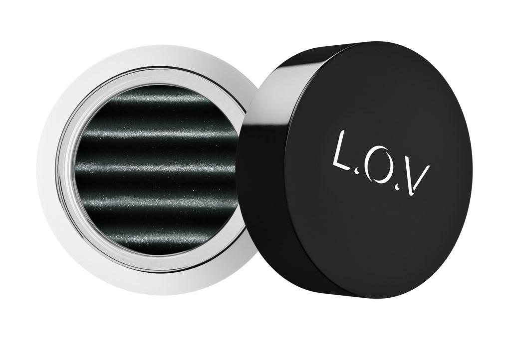 [LOV-EYETRACTION-magnetic-loose-eyeshadow-540-p1-os-300dpi%5B1%5D%5B4%5D]
