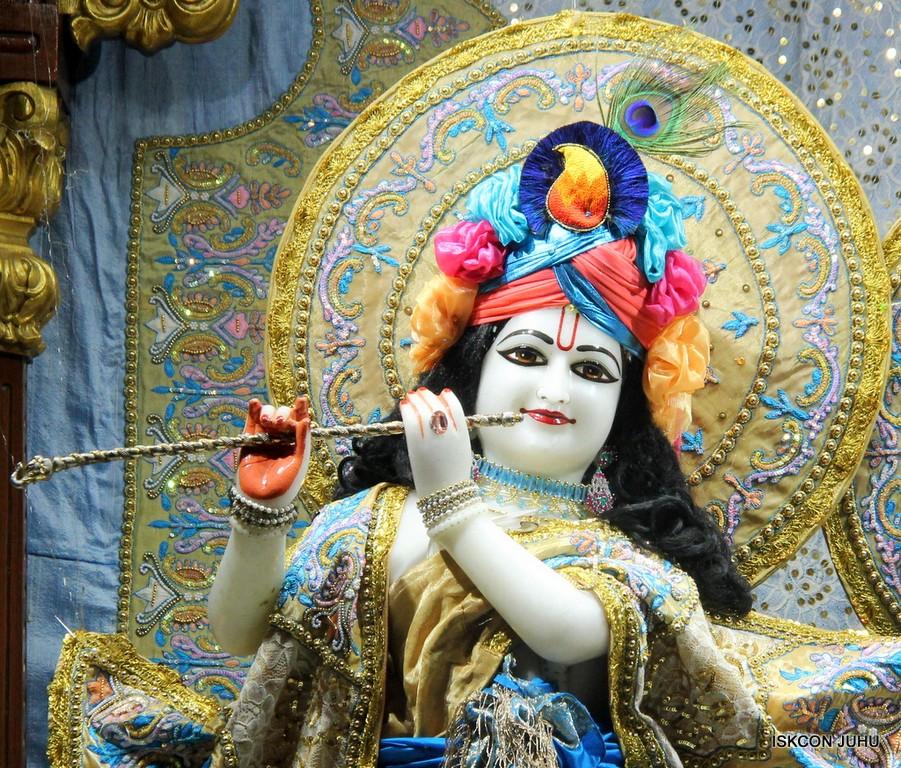 ISKCON Juhu Mangal Deity Darshan on 24 April 2016 (5)