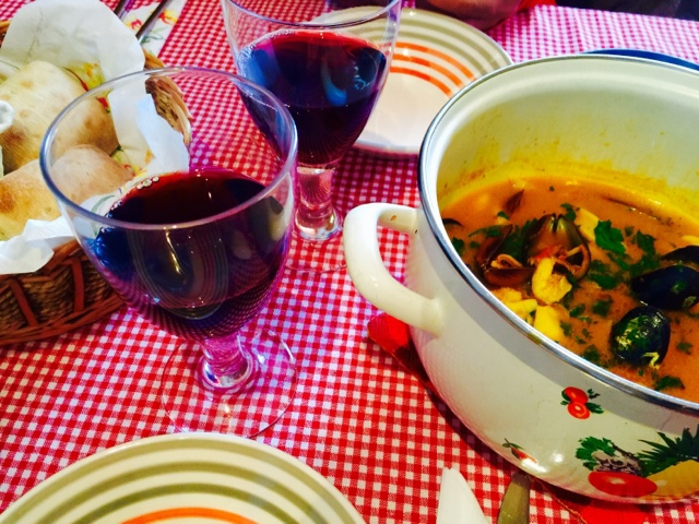 French fish stew with fresh bread