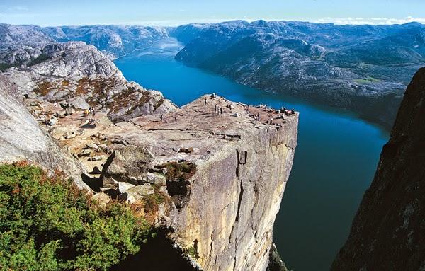 El púlpito Preikestolen (Noruega)
