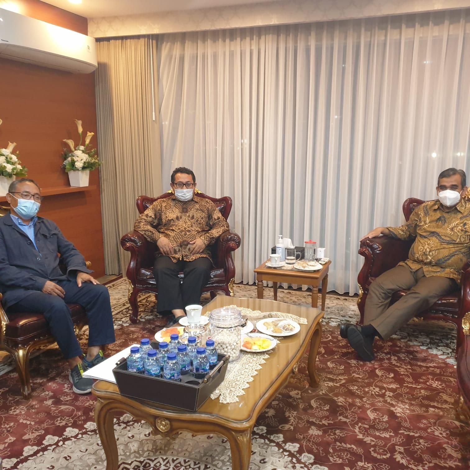 Ahmad Muzani : Prabowo Instruksikan Bantu Korban Banjir Kalteng.