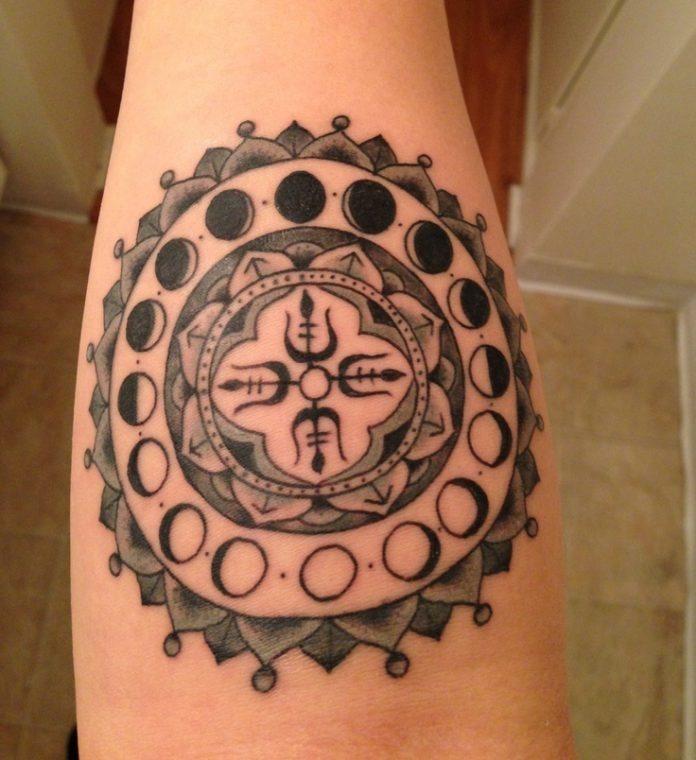 flor-como_fases_lunares_antebraço_tatuagem