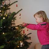 Ik vind Kerst even leuk als mijn mama en dus zetten we de boom lekker vroeg!