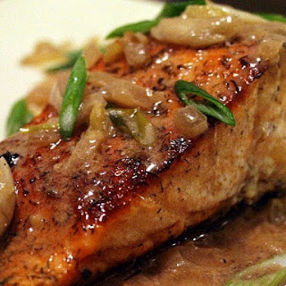 Spiced Salmon Fillets with Caramelized Onions