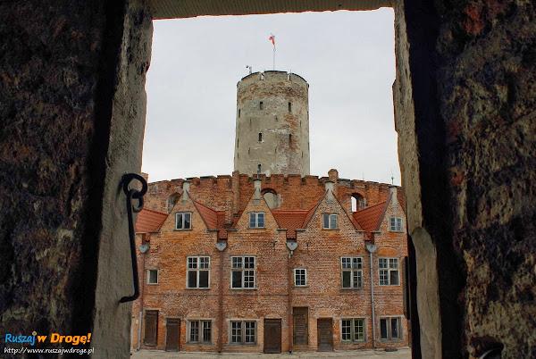 Twierdza Wisłoujście w Gdańsku z okien pomieszczeń dla żołnierzy