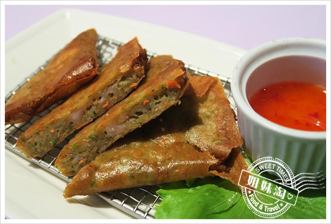 高雄巴沙諾瓦bossa Nova成功店泰式蝦餅