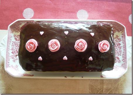 Valentine surprise cake