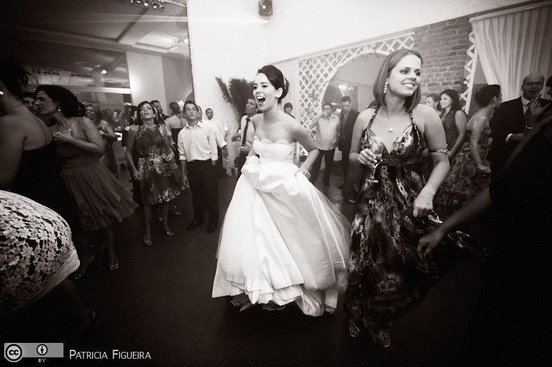 Foto de casamento 2490pb de Nathalia e Fernando. Marcações: 04/12/2010, Casamento Nathalia e Fernando, Niteroi.