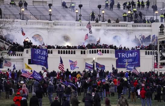 Funcionarios de Trump declaran sobre asalto al Capitolio