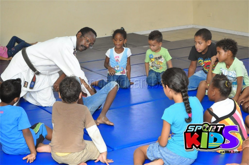 Reach Out To Our Kids Self Defense 26 july 2014 - DSC_3082.JPG