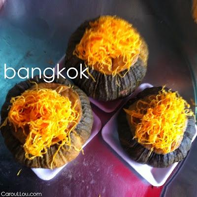 CarouLLou.com Carou LLou in Bangkok China town +-
