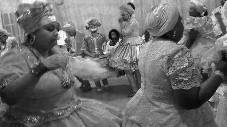 A nação Cabinda, originária de Angola, adotou o panteão dos Orixás Iorubas - candomblé - orixas - umbanda