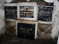 25 Sírok a kriptában.JPG