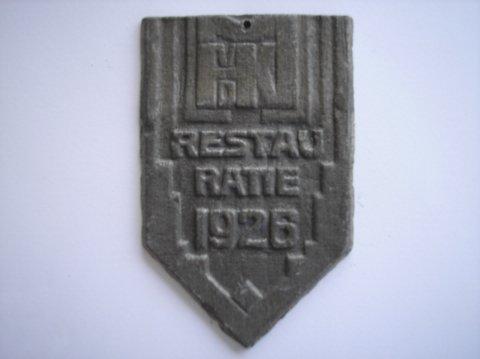 Naam: H. vd Kloot- MeijburgPlaats: AlkmaarJaartal: 1926Boek: Steijn blz 31Vindplaats: St. Laurenskerk