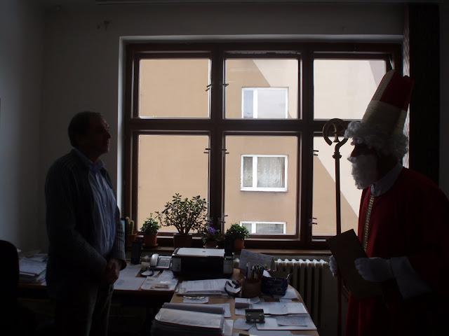 6.12.2010 - Návštěva Mikuláš v Lidovém domě - PC060540.JPG