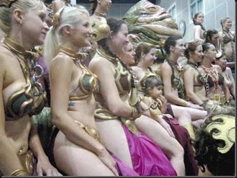 Princess Leia - Golden Bikini Cosplay_865825-0096