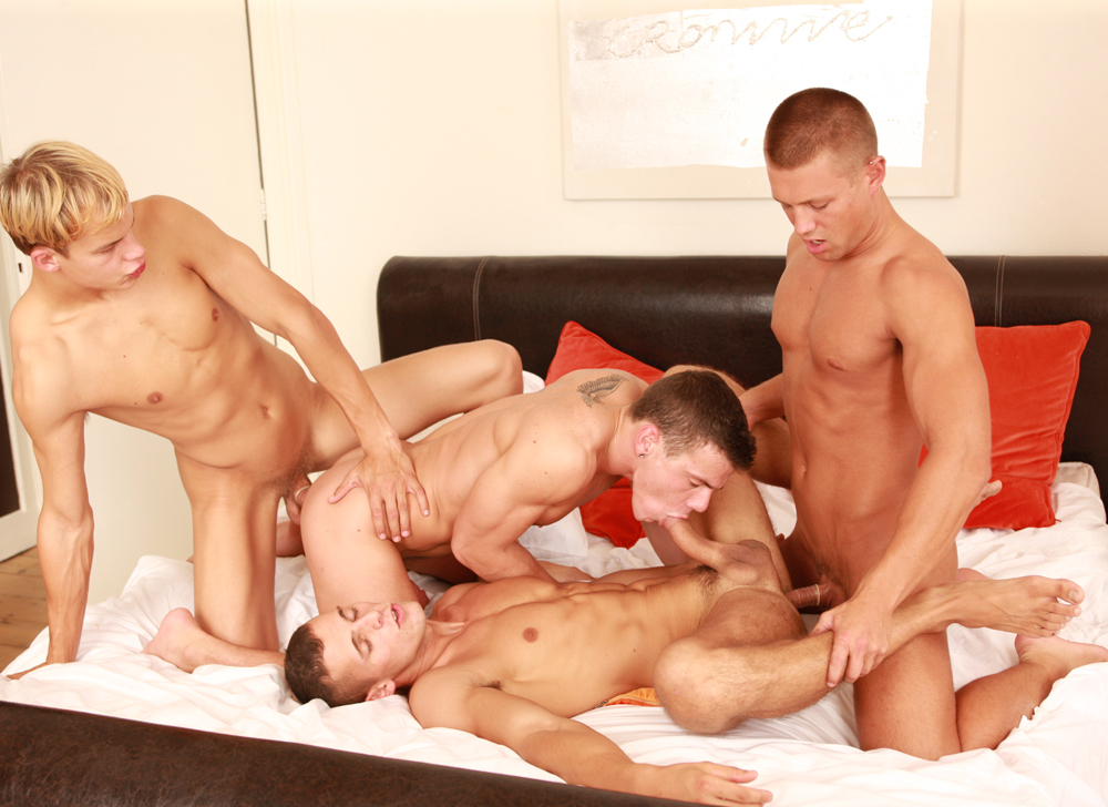 straight but love gay porn