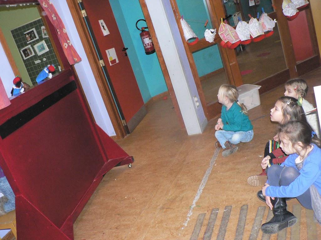 Sinterklaas op bezoek - P1270270.JPG