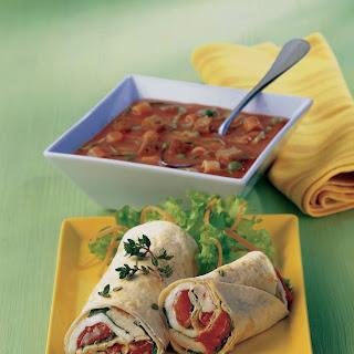 Vital-Krautsuppe mit Gemüse und Kräutern