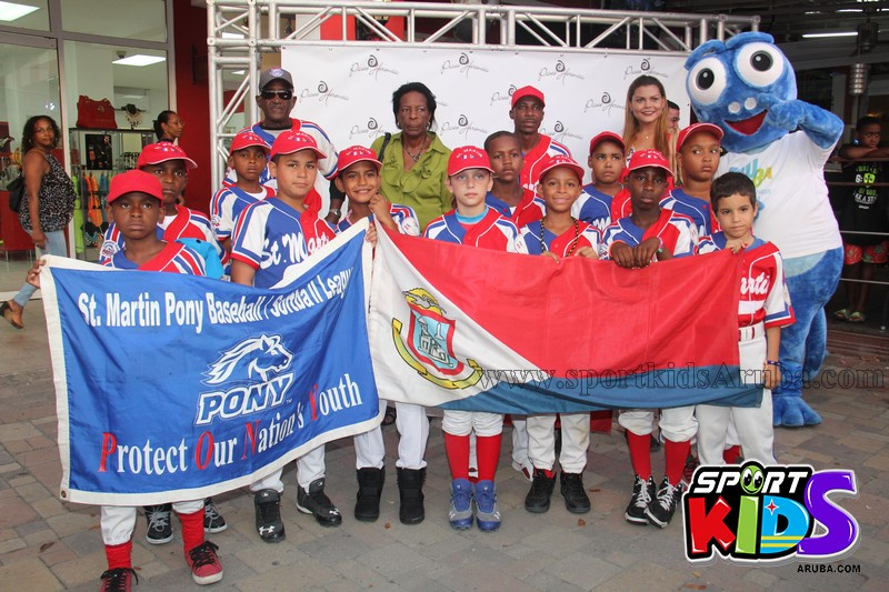 Apertura di pony league Aruba - IMG_6918%2B%2528Copy%2529.JPG