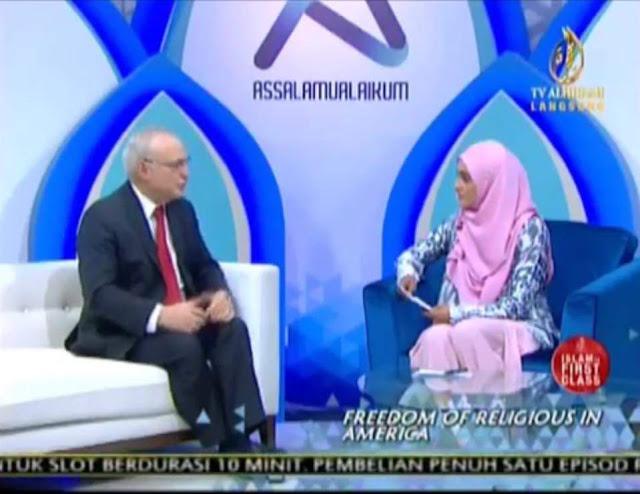 FARAH ADEEBA TV AL-HIJRAH TERKEJUT. PERJUANGAN DEMOKRASI, HAK ASASI DAN KEBEBASAN DI MALAYSIA SEBENARNYA SUDAH LAMA MENDAPAT TAJAAN