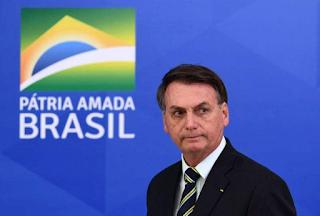 'Não dou bola para isso', diz Bolsonaro sobre vacinação da Covid-19