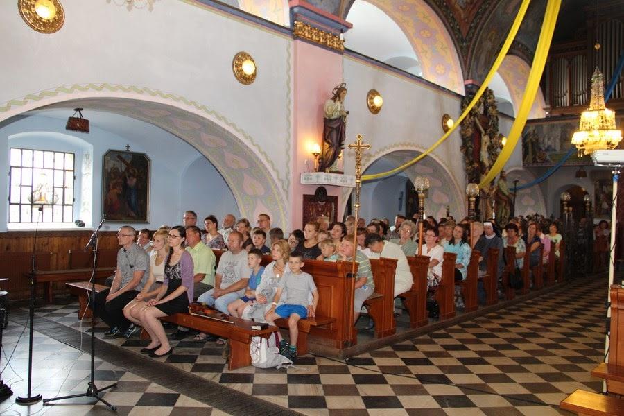 Z relikwiami św. O.Pio w Istebnej - IMG_3464.JPG
