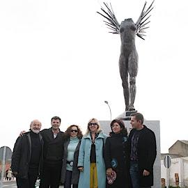 Inauguración Escultura dedicada a la Mujer